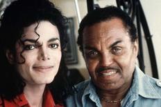 Ο Μάικλ μαζί με τον πατέρα του