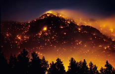 Νέο μέτωπο καίει δασώδη έκταση στο Γραμματικό (φωτό αρχείου).
