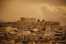 Τόνοι σκόνης κάλυψαν τον Αττικό ουρανό