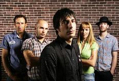 Σήμερα εμφανίζεται το συγκρότημα Dustbowl.