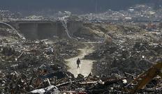Ένας επιζών ανάμεσα σε τόνους από ερείπια στην Ιαπωνία στην περιοχή Ρικουζεντακάτα