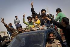 Αντικαθεστωτικοί πανηγυρίζουν τη νίκη τους στην Ατζαμπίγια