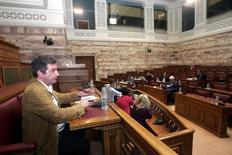 Ο δήμαρχος Αθηναίων στη διακομματική επιτροπή της Βουλής.
