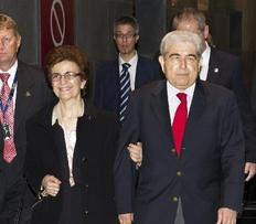 Ο πρόεδρος της Κύπρου Δημήτρης Χριστόφιας και η σύζυγός του κατά την επίσκεψή τους στην Αυστραλία
